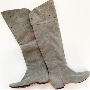 Kenneth Cole Gray Suede knee Boots (7.5)